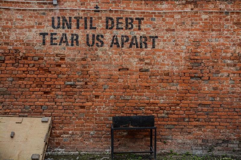 Tien jaar na de crisis: De noodzaak van een terugkeer naar de basisbeginselen picture